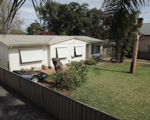 Bourke-Accommodation-4-Bedroom-Cottage (4)