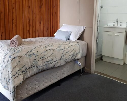 Bourke-Accommodation-Budget-Single-Room (2)