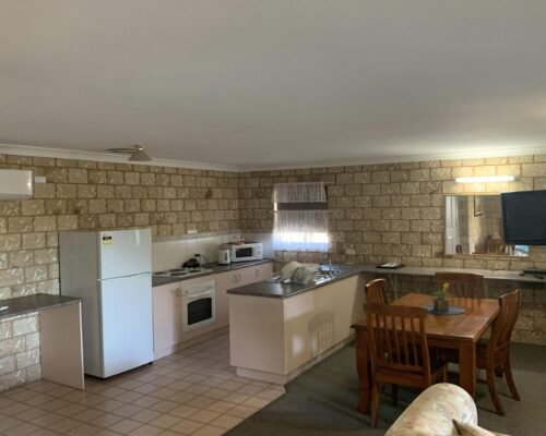 Bourke-Accommodation-Executive-Family-Suite (19)