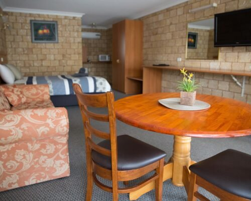 Bourke-Accommodation-Executive-Motel-Suite (74)