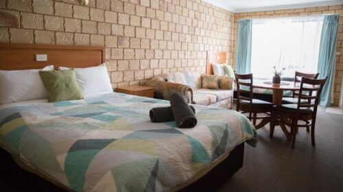 Bourke-Accommodation-Executive-Motel-Suite (9)