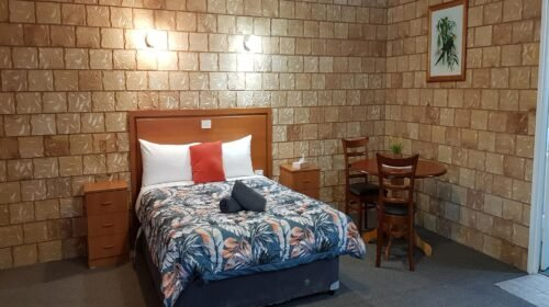 Bourke-Accommodation-Executive-Spa-Suite (26)