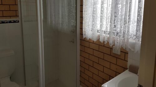 Bourke-Accommodation-Queen-Motel-Room (7)