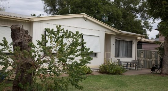 Bourke-Accommodation-4-Bedroom-Cottage (3)