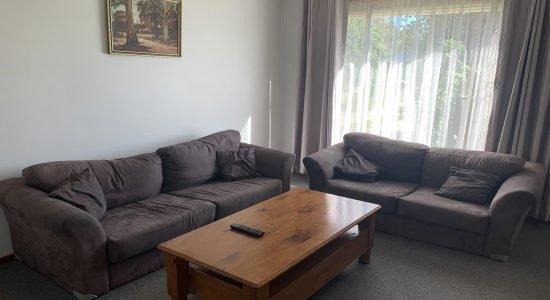 Bourke-Accommodation-4-Bedroom-Cottage (9)